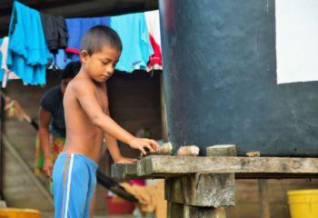 パナマ共和国:雨水を飲み水に活用