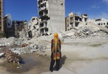 リビア: 紛争で散り散りになった家族のために
