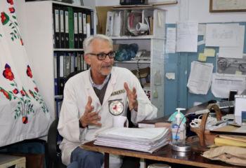 アフガニスタンで障がい者に寄り添う伝説のイタリア人理学療法士:夢にまで見たこの仕事はまだ手放せない!と語る69歳